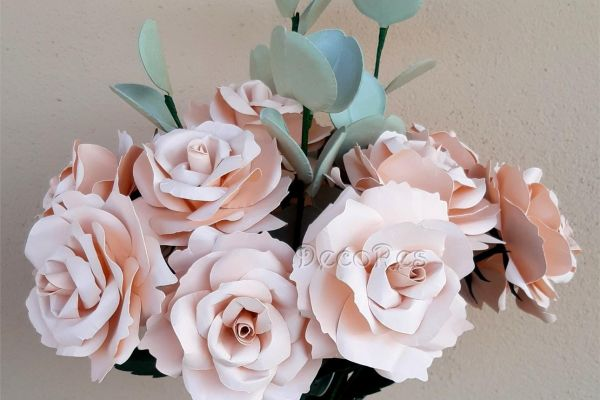 rose-e-eucalipto05AA2492-C99B-C244-5670-C8FBC2035DD9.jpg